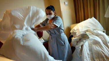 80% of Britons would leave their hotel if it wasn't clean enough