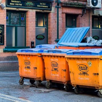 «Умные» мусорные контейнеры как решение проблемы грязных улиц Манчестера